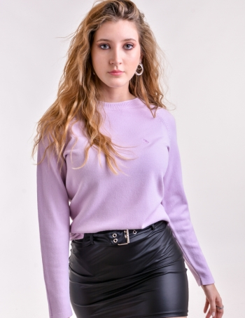 sweater con bordado